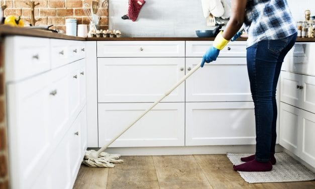 Guest Post: Gadgets to Help with Home Cleaning (Infographic)