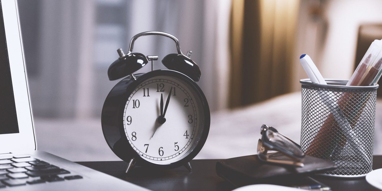 How to Overcome Construction Time Tracking Problems