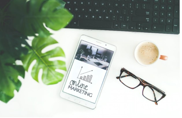 4 Factors To Consider When Marketing Your Company Online