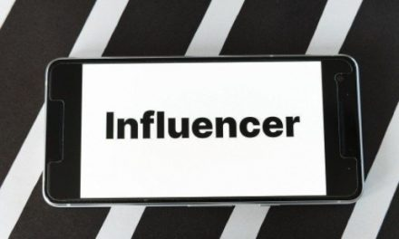 A Guide on how to Hire an Influencer for your Business